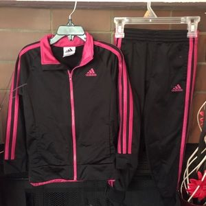 Girls ADIDAS 2pc Wind Suit Size 5